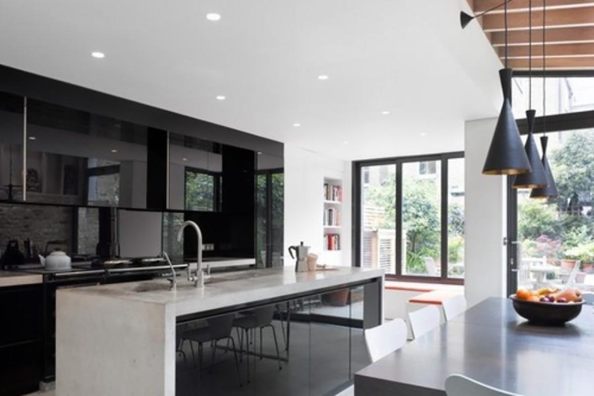 schwarz wei k chen beim kurttas k chenstudio. Black Bedroom Furniture Sets. Home Design Ideas